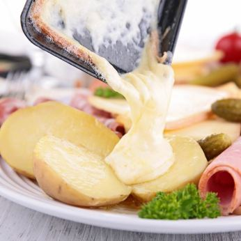 i85387-raclette-franc-comtoise.jpg