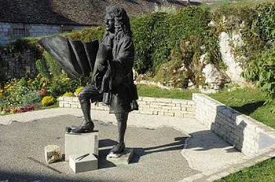 Citadelle-de-Besancon-Statue-Vauban.jpg