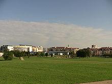 220px-Parc_urbain_de_Planoise.JPG